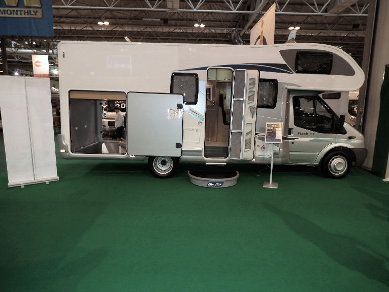 22ft Motorhome With Big Garage Motorhome Matters